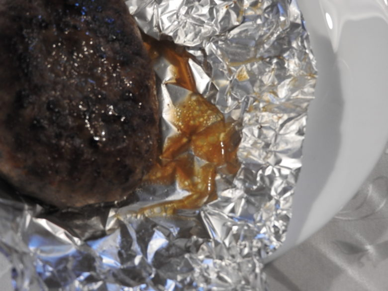 ハンバーグの肉汁を逃さない保温の仕方